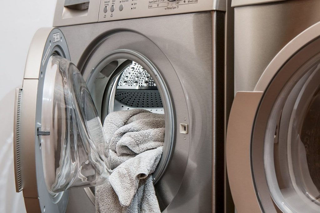 Lemon Fresh Laundry and Dry-Cleaning Services | Deep Cleaning Surrey
